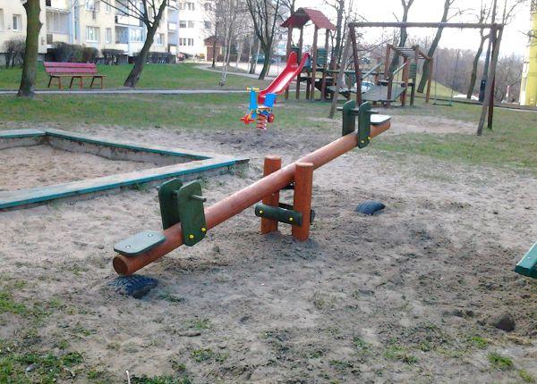 Przeglądasz fotografie z witryny kolonia.gda.pl Nowe atrakcje na placu zabaw