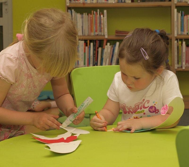 Przeglądasz fotografie z witryny kolonia.gda.pl Czytajmy naszym dzieciom !