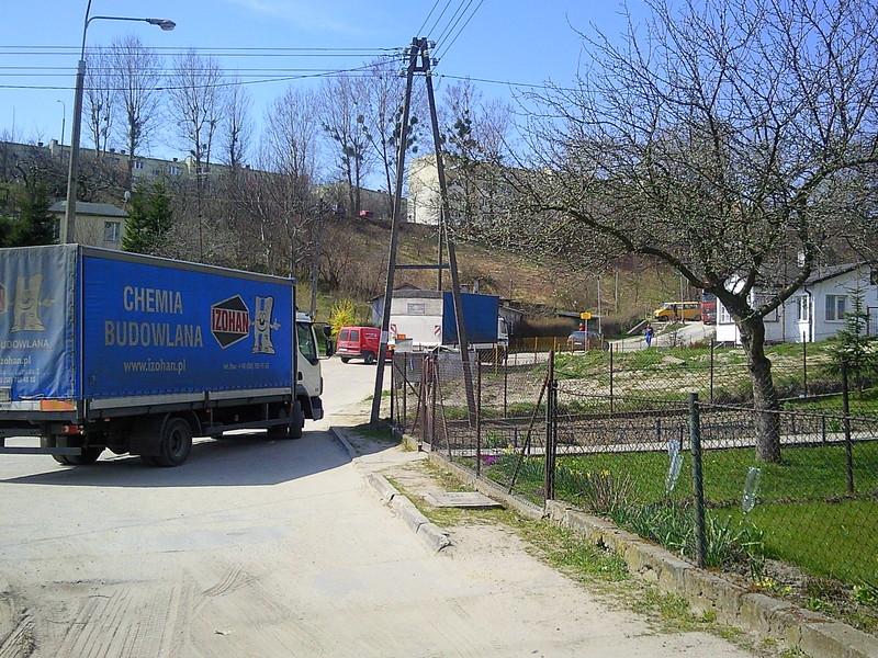 Przeglądasz fotografie z witryny kolonia.gda.pl Droga dojazdowa
