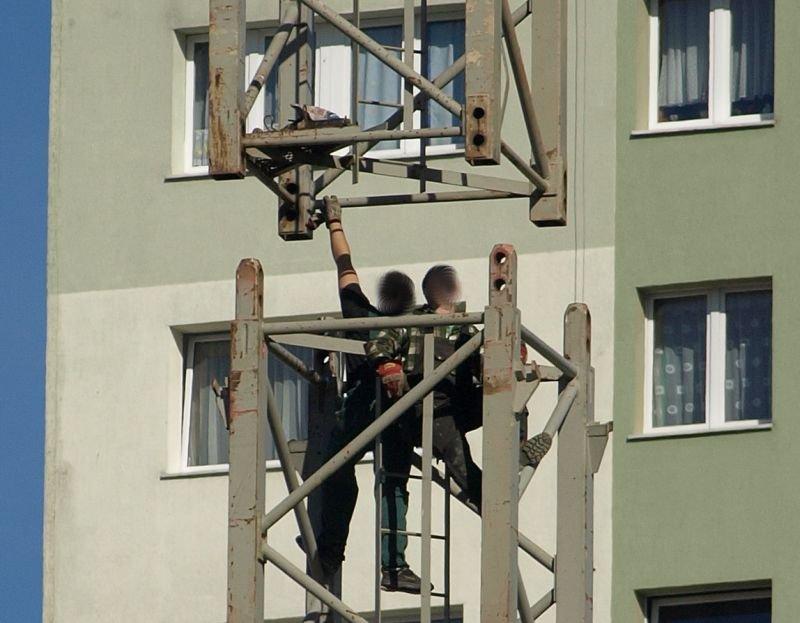 Przeglądasz fotografie z witryny kolonia.gda.pl Fotomontaż dźwigu