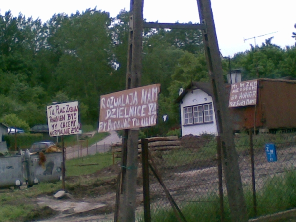 Przeglądasz fotografie z witryny kolonia.gda.pl Mamy pozwolenie na demonstrację 28 maja
